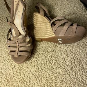 New!! 8.5 Jessica Simpson Bailor Tan Wedge Sandals